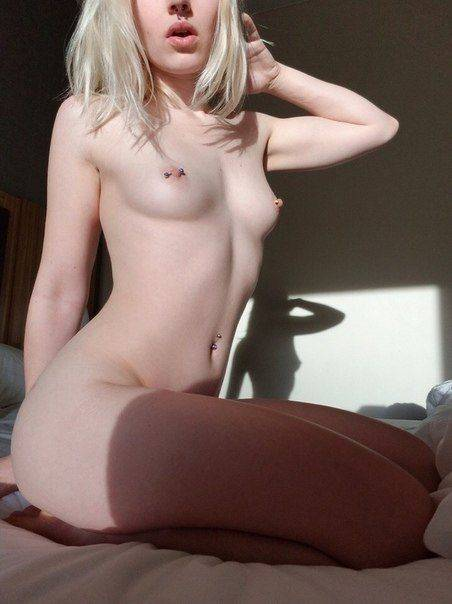 Blonde sexy et nympho